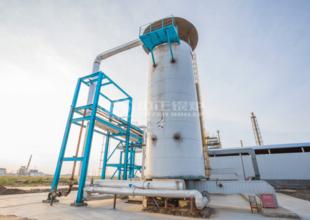紅海化工1500萬大卡YQL系列燃氣立式導熱油鍋爐項目