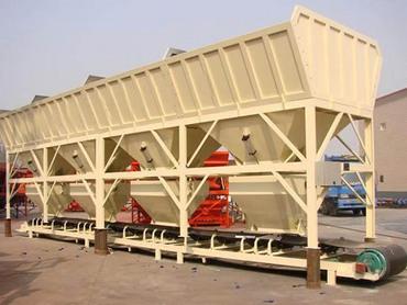 <b>PLD2400混凝土配料機</b>