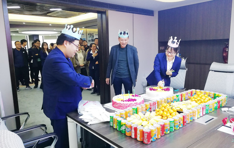 roulette board game Group held the October birthday party for employees