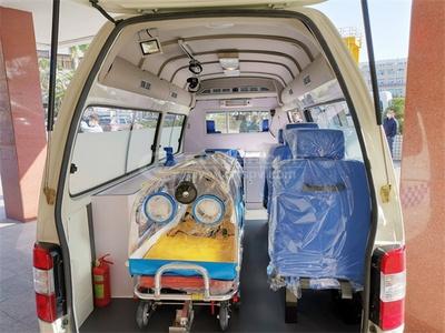 <b>福特新世代全順V348負壓救護車</b>