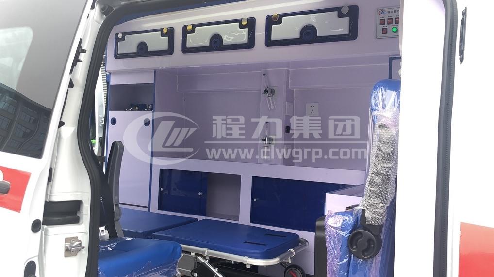 362型福特全順監護型救護車16