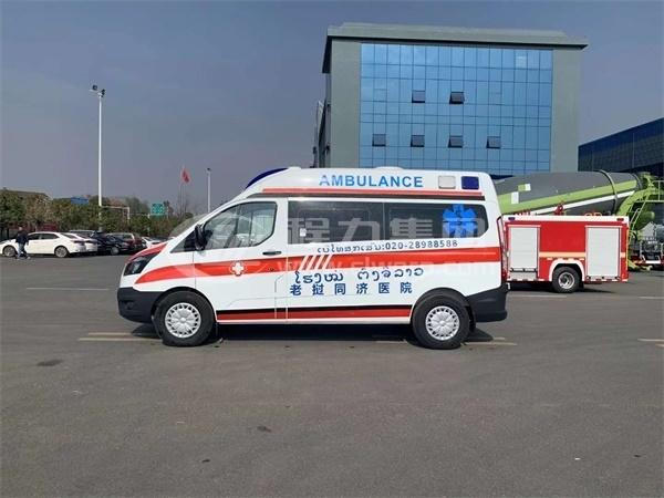 362型福特全順監護型救護車5
