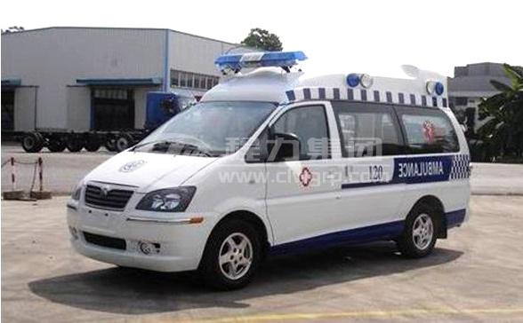<b>東風風行監護型救護車</b>