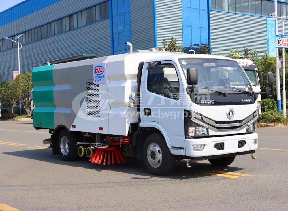 東風多利卡小型洗掃車1