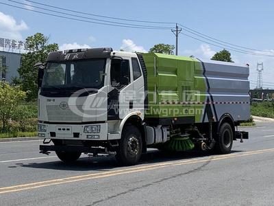 解放J6國六道路洗掃車
