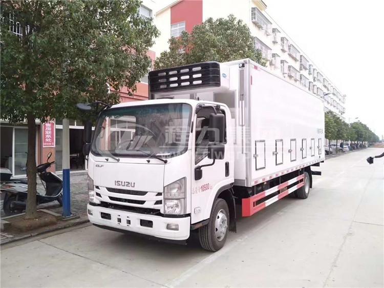 五十鈴700P禽畜運輸車