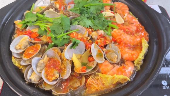 蒜蓉辣醬 - 蒜蓉粉絲海鮮煲