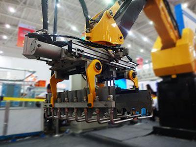 助力中国制造2025 乐仆引领码垛机行业创新发展