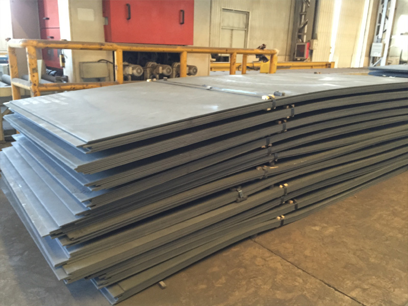 Surface heat treatment methods for weather resistant S355J0W steel