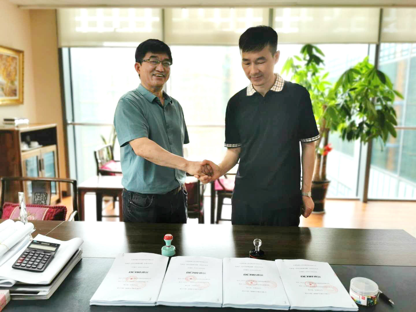 Kaifeng DEAR air separation and Gansu Kaisheng Daming successfully signed the gas station supply contract