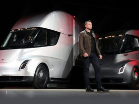 Tesla is making four new Semi electric trucks equipped with high-density 2170 lithium batteries