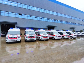 CLW Group Support Yunnan  with 6 Ford ambulances
