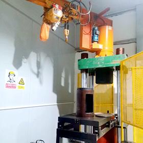 500吨液压式压力试验机