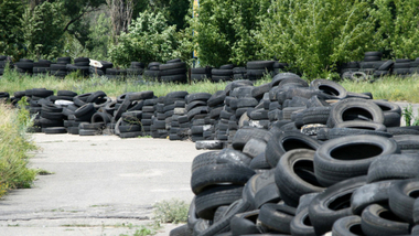 Waste Tyre Recycling to Oil Solution