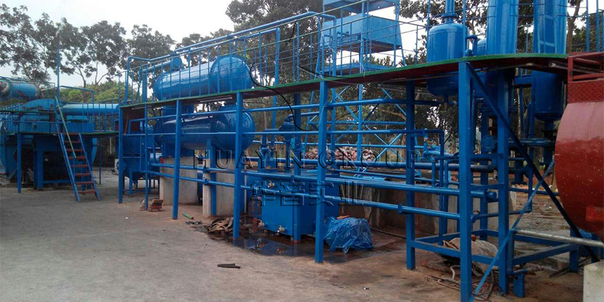 One Set Ten Ton Tyre Pyrolysis Plant in Bangladesh